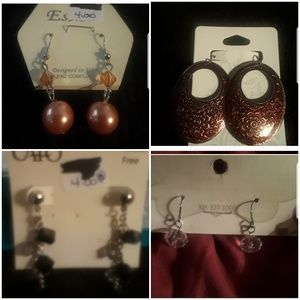 4 pairs of earrings for price of one